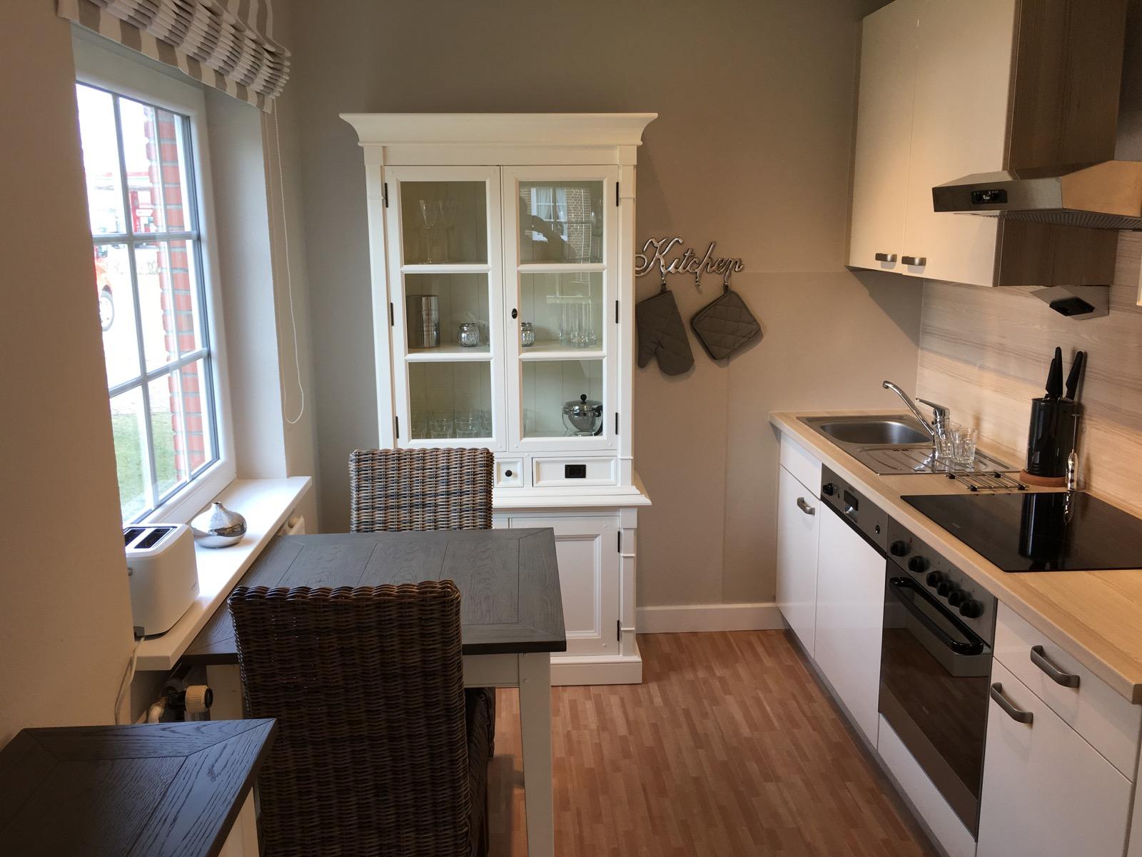 Großartig Küchenschrank Preis Pro Fuß Laufen Fotos - Küchenschrank ...